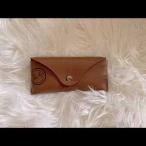 RAY BAN AUTHENTIC CASE